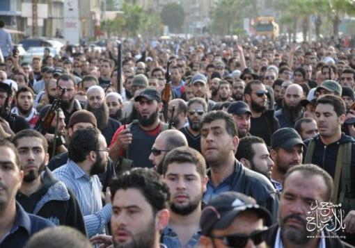 صورة لبنان.. صمود الأسير بمسجده رغم هجوم الجيش وحزب الله