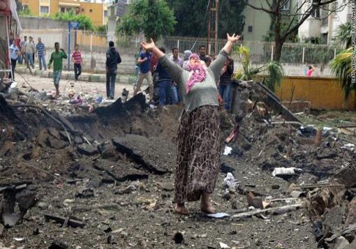 صورة أهالي مخطوفي أعزاز يتوعدون الأتراك في الضاحية