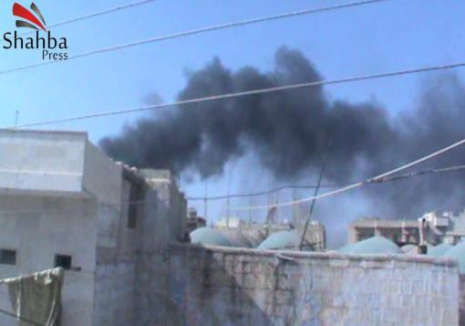 صورة ريف إدلب – معرة مصرين : الدمار الناتج عن الغارة الجويّة و القصف براجمات الصواريخ على البلدة
