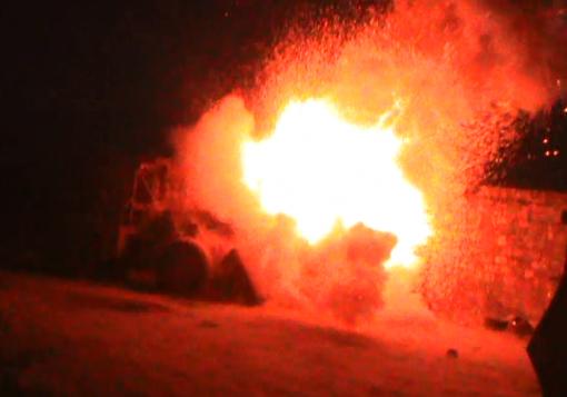 صورة صاروخ سيدنا عمر اكبر صاروخ محلي الصنع انتجه الجيش الحر