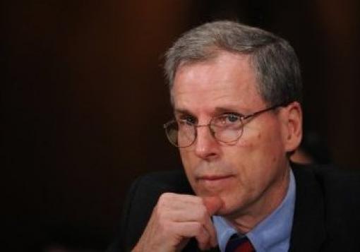 صورة السفير فورد وقرارات الإئتلاف التي هي من تأليفه وتلحينه