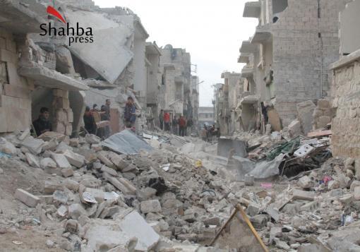 صورة الأسد يلبي رغبات شبيحته بقتل المدنيين بحلب وفصائل الثوار لا تفي بوعودها بالرد عليه ؟؟؟