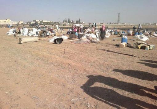 صورة نقمة جغرافية المكان تحول مئات الآلاف من السوريين كنازحين في العراء