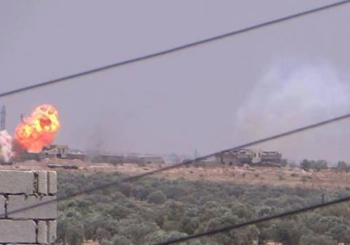 صورة تحرير حاجز الطراف , وتدمير دبابتين T55  في محيط معسكر الحامدية قرب وادي الضيف