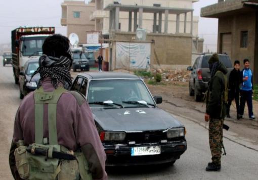 صورة قتلى وجرحى بمخيم للسوريين بلبنان انتقاماً لمقتل جندي