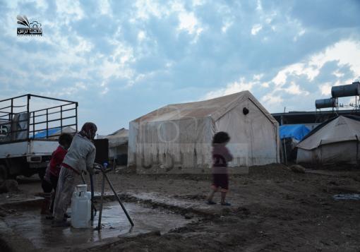 صورة الأمراض المعدية تهدد  السوريين في الداخل والمخيمات الحدودية !!