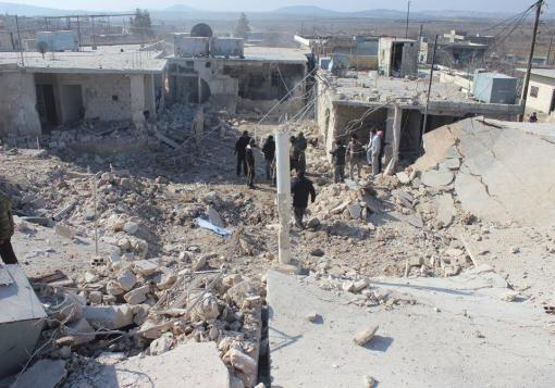 صورة قصف متواصل على ريف إدلب بالبراميل المتفجرة