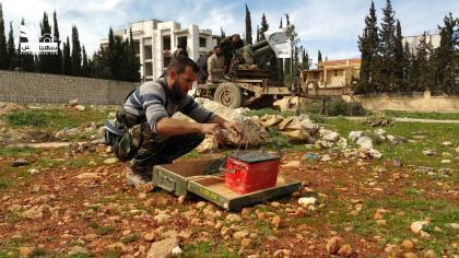 صورة الثوار يسيطرون على معظم بلدة حندرات والمعارك مستمرة