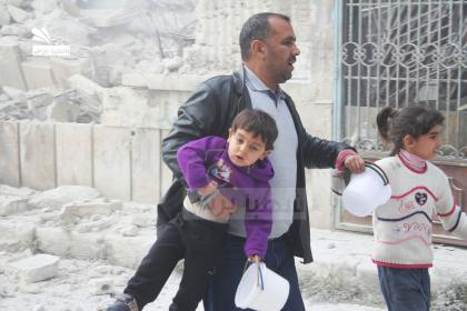 صورة الثوار يتقدمون في قلب حلب وطيران الأسد ينتقم من المدنيين