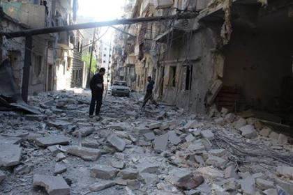 صورة الثوار يتصدون لقوات الأسد في حي صلاح الدين بحلب