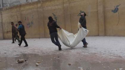 صورة المزيد من البراميل بحلب والحدود مقفلة إلى تركيا