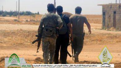 صورة الثوار يحررون قرية سندف بريف حلب ويقتلون العشرات من داعش