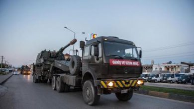 صورة تركيا تعزز مجدداً من قدراتها العسكرية بالقرب من الحدود السورية