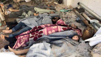 صورة الأسد يقتل أكثر من 100 مدني بالكيماوي في خان شيخون بريف ادلب