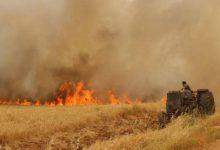 صورة النيران تلتهم قمح شمال شرق سوريا والخوذ البيضاء مستعدة للتدخل