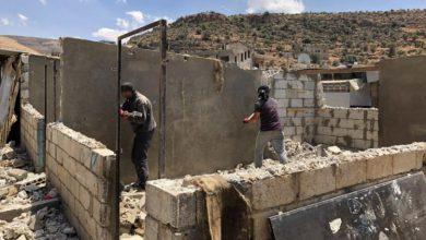 صورة هدم منازل وترحيل .. ضغوط جديدة على اللاجئين السوريين في لبنان