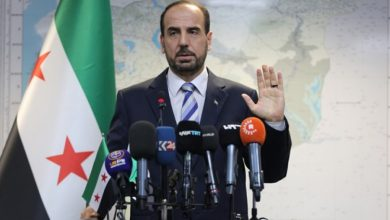 صورة خلفا لأنس العبدة.. نصر الحريري رئيسا جديدا للائتلاف الوطني