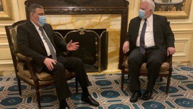 صورة رياض حجاب يناقش قانون قيصر مع مسؤولين أمريكيين