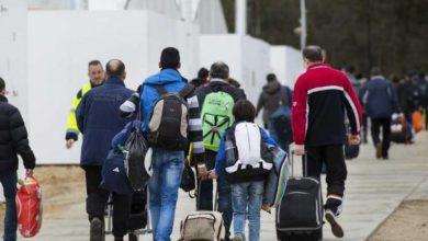 صورة آلاف من اللاجئين بينهم سوريين معرضين للطرد من هولندا
