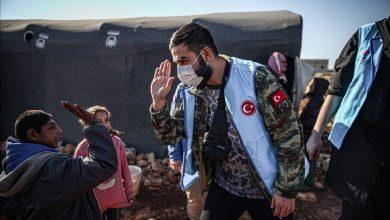صورة مؤسسة تركية توزع منازل من الطوب لـ1700 أسرة سورية في إدلب