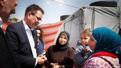 صورة وزير ألماني يدعو لتقديم مزيد من الدعم للشعب السوري