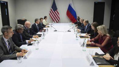 صورة وزير الخارجية الأمريكي يؤكد على وجوب إدخال المساعدات إلى السوريين