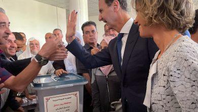 صورة ليبراسيون: عدد القتلى الذين صوتوا لبشار أعلى من الذين وثقتهم المنظمات الحقوقية