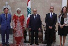 """صورة """"عون"""" يدعو لإعادة اللاجئين السوريين في لبنان إلى بلادهم"""