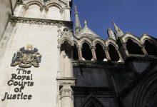 صورة محكمة بريطانية تقضي لشاب سوري بتعويض قدره 137 ألف دولار