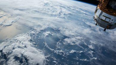 صورة شركة بريطانية تطلق 34 قمراً صناعياً لتوفير الإنترنت حول العالم