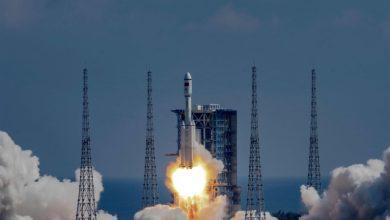 صورة الصين تطلق صاروخاً في 2028 يمكنه إرسال مركبة مأهولة إلى القمر