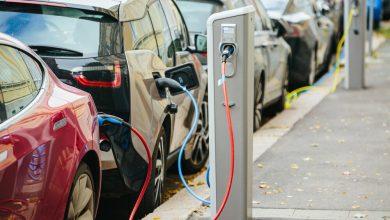 صورة السيارات الكهربائية تهدد ملايين الوظائف.. إليكم الأسباب